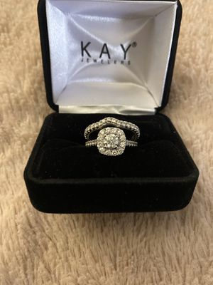 Kay Jewelers- Neil Lane Wedding Ring and Wedding Band for Sale in Willow Springs, IL