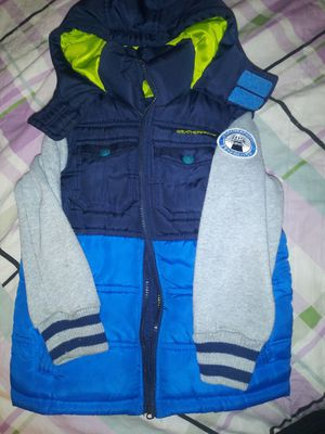 Jacket size 4T for Sale in Montebello, CA