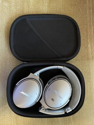 Bose QuietComfort 35 ll Noice Cancelling Headphones for Sale in Fresno, CA
