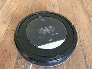 Strata robot vacuum with return home function for Sale in Eastvale, CA