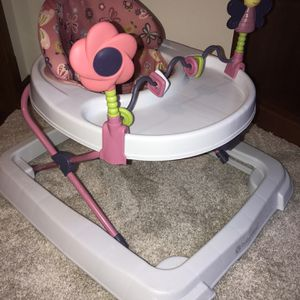 Baby Walker for Sale in Westerville, OH