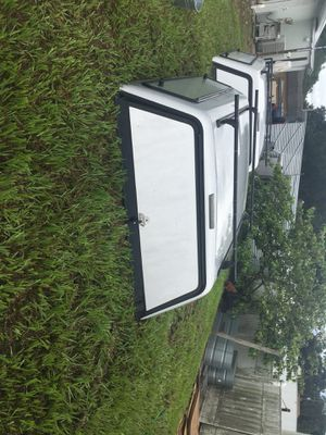 6ft ARE camper shell for Sale in St. Cloud, FL