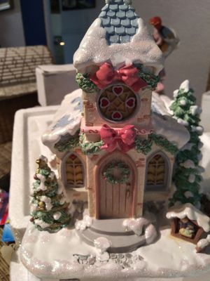 """Hawthron village collection precious moments """"Holy night chapel"""" for Sale in Ives Estates, FL"""