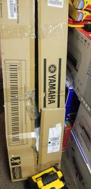 Yamaha large piano keyboard new for Sale in Modesto, CA
