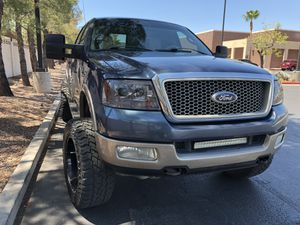 2004 Ford F-150 super crew 4X4 for Sale in Las Vegas, NV