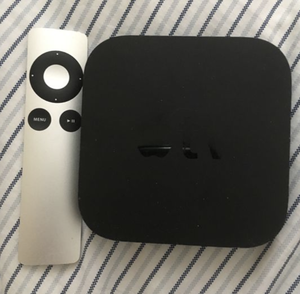 APPLE TV 3 GEN works Perfect with Remote & Cables for Sale in Glen Rock, NJ