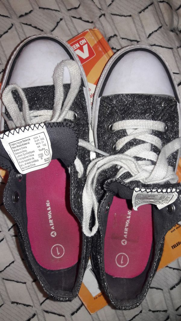 Girls size 1 Shoes