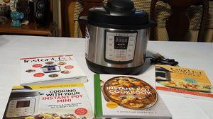 Instant Pot Lux Mini for Sale in Bethel, NC