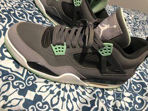 Jordan retro 4's green glows size 13 for Sale in Greenfield, IN