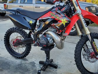 HONDA CR250 2003 COMPLETELY REBUILT $5500 FIRM for Sale in Chino,  CA