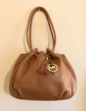 Michael Kors Purse in Excellent Condition for Sale in Yuma, AZ