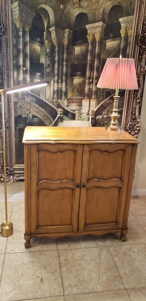 Antique Radio Counsel Dresser Chest Cabinet carved Sculpted wood for Sale in Windermere, FL