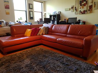 Italsofa Leather Sectional Sleeper Sofa for Sale in Brookline,  MA