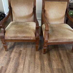 Beautiful side chairs... moved to smaller house! My loss your gain.. for Sale in Sebring, FL