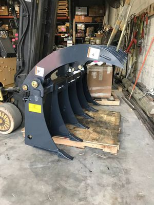Grapple rake universal skidsteer bobcat mounting - doral for Sale in Miami, FL