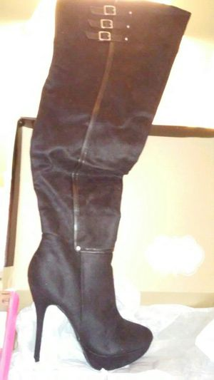 New listing for this as of 1.23.19.Thigh high quality boots for Sale in Port Richey, FL