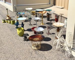 Pick your Bird Bath Pleasure! Several various bowls and stands. Mix and match, come take a look! for Sale in Pagosa Springs, CO