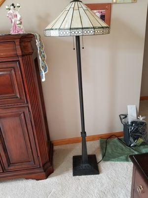 Stained glass floor lamp for Sale in Washington, PA