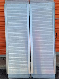 4 Ft Aluminum Ramps for Sale in Branford,  CT
