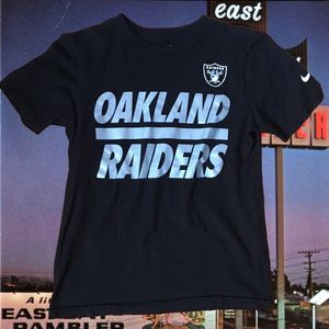 The Nike Tee Women Athletic Cut Oakland Raiders Shirt for Sale for sale  Long Beach, CA