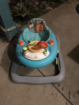 Baby Walker for Sale in Tulare, CA