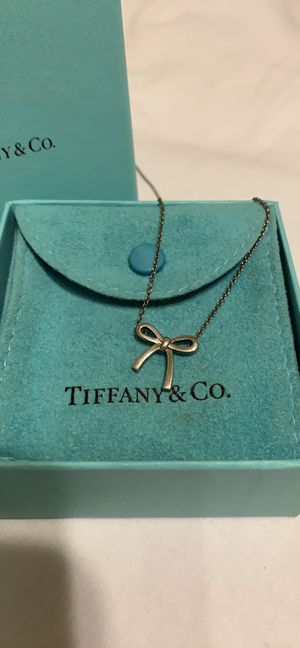 Tiffany & Co. Mini Bow Necklace for Sale in Lynbrook, NY