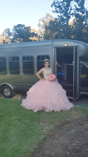🎶🎶🎶🎶🎈🎈🎈🎈🎶🎶🎶Fun Party Bus 🎶🎶🎶🎈🎈🎈🎈🎶🎶🎶🎶 for Sale in Cudahy, CA