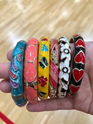 Jiu Long Xing Gold Tone & Enamel Floral Design Hinged Clamp Bangle Bracelets for Sale in Garden Grove, CA
