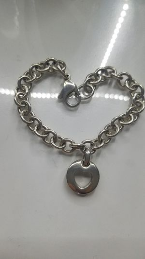 Tiffany&co Sterling silver authentic heart bracelet for Sale in Lincoln Park, MI