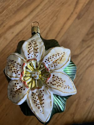 White Lily Ornament from Crate and Barrel #2 for Sale in San Bruno, CA