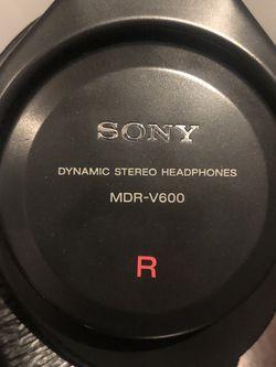 Sony MDR-V600 for Sale in Woodbridge,  VA