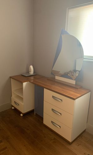 Vanity with rolling storage container great for a girls room for Sale in Miami, FL