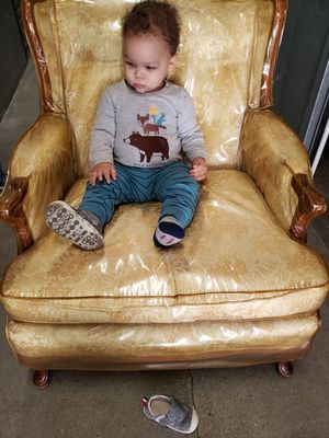 Antique chair and 3 seater couch for Sale in Los Angeles, CA