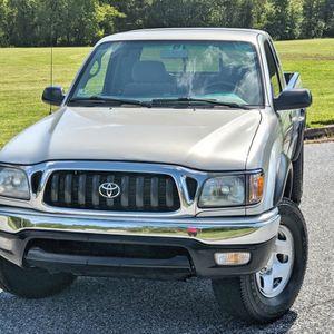 2002 Toyota Tacoma AM/FM radio for Sale in Wichita, KS