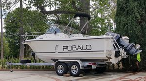 Robalo 22ft Fishing boat for Sale in Los Angeles, CA