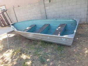 12' VALCO ALUMINUM BOAT for Sale in Fontana, CA