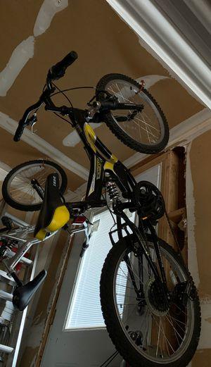 Small Mountain Bike (Kid Size) for Sale in Kirkland, WA