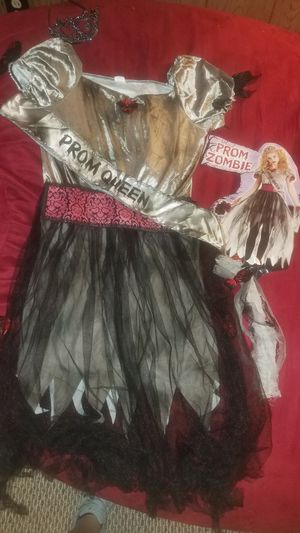 Zombie prom queen size 12/14 halloween costume for Sale in Amherst, OH