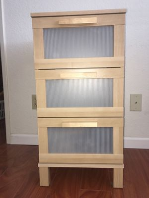3 Drawer chest for Sale in Oceanside, CA