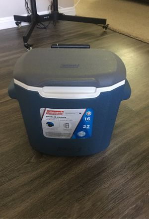 Roller cooler (Coleman) for Sale in Mission Viejo, CA