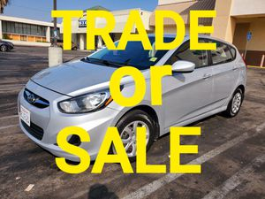 Hyundai accent hatchback 2013 clean title manual transmisión for Sale in Gardena, CA