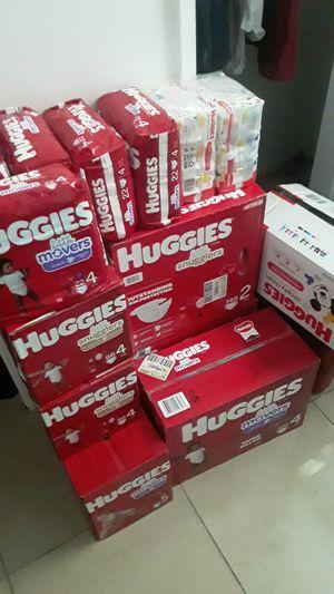 Huggies Diaper and Wipes for Sale in Pompano Beach, FL
