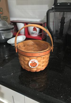 AUTHENTIC LONGABERGER BASKET for Sale in Valley Center, CA