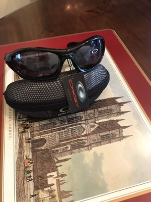 New Oakley sunglasses for Sale in Philadelphia, PA