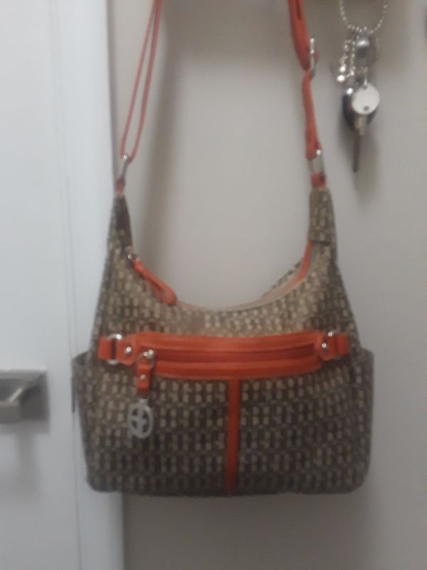 GB purse used twice only