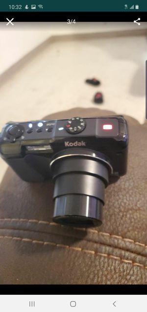 kodak camera easyshare z950 for Sale in North Las Vegas, NV