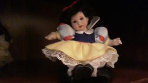 Tiny tot snow white for Sale in Oldsmar, FL