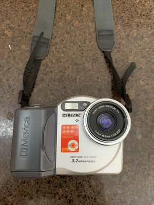 Sony camera and disk for Sale in Clermont, FL