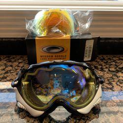 Oakley Wisdom Snowboard/ Ski Goggles w/ 2 Lenses for Sale in Lake Zurich,  IL