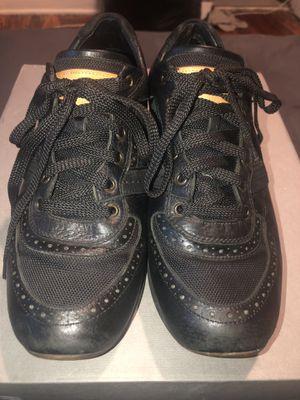 Louis Vuitton sneakers for Sale in Philadelphia, PA